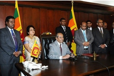 Hon. Tilak Marapana assumes duties as Minister of Foreign Affairs